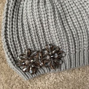 Women's gray knit beanie